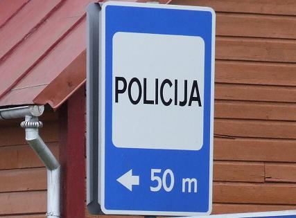 Ženklas policija už 50 metrų