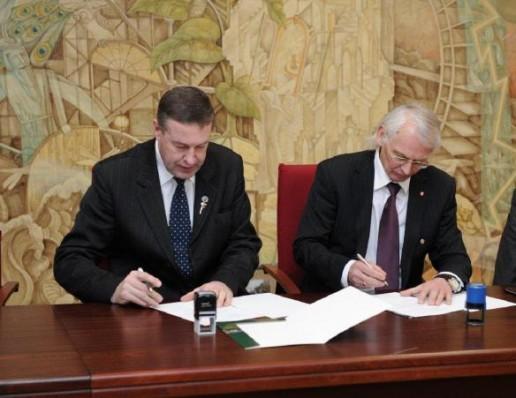 Pasirašyta bendradarbiavimo sutartis su Klaipėdos universitetu.