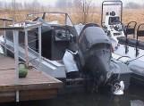 Nuo pasieniečių Kuršių mariose kateriu sprukę šilutiškiai apvirto