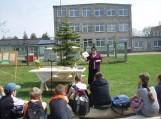 Žemaičių Naumiestyje lankėsi populiari vaikų rašytoja Ona Jautakė
