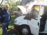 Pagėgiuose degė mikroautobusas