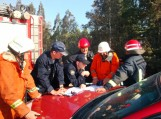 Šio gaisro gesinimą koordinuojaPriešgaisrinės apsaugos ir gelbėjimo departamento pareigūnai