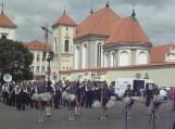 Kaune, Rotušės aikštėje pasitinkami žygio dalyviai
