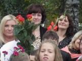Sueikim, sueikim visi pamažu, ir gėlę, ir džiaugsmą dalinti gražu... Su Rugsėjo pirmąją!