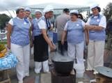 Respublikinio žuvienės virimo čempionato akimirka