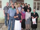 Suramio bibliotekoje šilutiškiai kartu su Suramio municipaliteto meru Zaza Kurtamidze (pirmas iš kairės), bibliotekininkėmis ir vietos bendruomenės nariais
