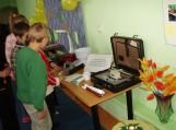 Nuotraukos Almos Nausėdienės, Rusnės specialiosios mokyklos tiflopedagogės
