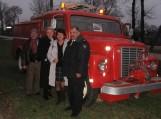 """Ugniagesiai demonstravo daugybę eksponatų iš savo kasdieninio darbo, kurių įspūdingiausias buvo važiuojanti 1949 m. gaisrinė autocisterna """"International Loadstar 1600"""". Nuotraukos Pagėgių PGT"""