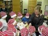 Sukako 100 dienų, kai Traksėdžių pagrindinės mokyklos pradinių klasių  mokytoja Birutė Dženkaitienė pradėjo mokyti  naują pirmokų kartą. Nuotraukos Klemenso Stulgos
