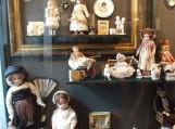 Bauskės kraštotyros ir meno muziejuje eksponuojama puiki lėlių kolekcija