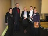 Su saviškiais – šilutiškiai iš kairės į dešinę: N. Budreckienė, rašytojas E. Ignatavičius, prof. D. Pocūtė-Abukevičienė, rašytoja A. Petraitytė.