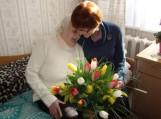 Garbingo jubiliejaus proga Juzę Pupšienę pasveikino senelių globos namų kolektyvas ir gyventojai