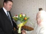 Juzę Pupšienę Meras lankė Šilutės senelių globos namuose. Nuotraukos Šilutės r. savivaldybės