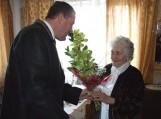 Savivaldybės meras Virgilijus Pozingis sveikino 90-ties metų sulaukusią Bronę Kuskienę