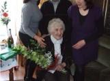 Bronė Kuskienė su savo vaikais