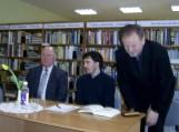 """Knygos """"Apie Justiną Marcinkevičių"""" pristatymas Vainuto bibliotekoje"""
