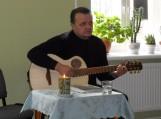Adas Nausėda atliko savo kūrybos dainas