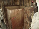 Juknaitiškių ūkyje – naminė degtinė ir nelegalus kuras