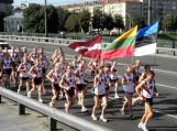 """XXI tradicinis tarptautinis estafetinis bėgimas """"Baltijos kelias"""". Nuotraukos Edvardo Lukošiaus"""
