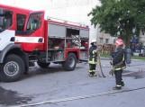 """Tariamas gaisras """"Šilutės baldai"""" įmonėje. Nuotraukos Gintaro Radzevičiaus"""
