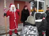 Saugose įžiebta Kalėdų eglė