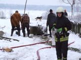 Gaideliuose sudegė dviejų šeimų ūkinis pastatas