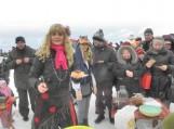Ventėje ant Kuršių marių ledo Užgavėnės šurmuliavo penktą kartą