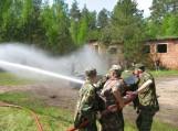 Jaunieji šauliai susipažino su ugniagesio gelbėtojo profesija