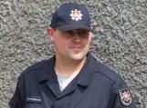 Ugniagesys gelbėtojas, skulptorius Stasys Šarkauskas