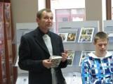 """Pristatyta Audriaus Šikšniaus neseniai išleista knyga """"Paklausk žalčio"""". Nuotraukos Fridricho Bajoraičio viešosios bibliotekos"""