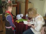 Viešojoje bibliotekoje ir Rusnės filiale lankėsi populiari viešnia – Lina Žutautė iš Šiaulių