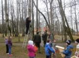 Švėkšnos parke iškeltas 201 naujas inkilėlis