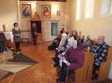 """Juknaičių pagrindinės mokyklos mokiniai prisijungė prie bendrumo akcijos """"Kalėdinis sveikinimas vienišam seneliui"""""""