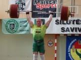 Šilutėje vykusiose sunkiosios atletikos varžybose Bronislovui Mačerniui atminti nugalėtoju tapo Aurimas Didžbalis. Nuotraukos Edvardo Lukošiaus