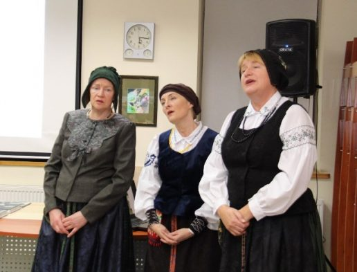"""Šilutės kultūros ir pramogų centro folkloro ansamblis ,,Verdainė"""""""