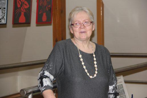 Elvyra Mockienė pristatė karpinių parodą. Nuotraukos Virginijos Degutienės
