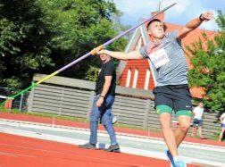 Palangoje moksleivių metimų varžybomis baigėsi lengvosios atletikos vasaros sezonas