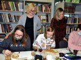 Vydūno viešojoje bibliotekoje vyko kūrybiniai ieškojimai su kavos prieskoniu