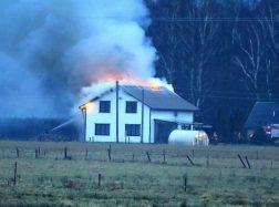 Sakūtėlių kaime sudegė gyvenamas namas