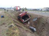 Avarijos metu iš automobilio iškrito dujų balionas