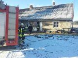 Eidaičių kaime degė namas