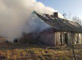 Degučiuose sudegė socialinis būstas