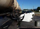 """""""Audi 80"""" vairuotoja pervažoje nepastebėjo krovininio traukinio"""