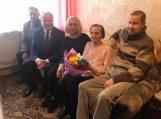 Su 90-uoju jubiliejumi pasveikinta Joana Endzelaitienė