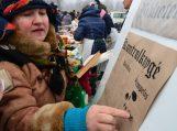 Bibliotekos kolektyvas debiutavo tradiciniame kalėdiniame žąsų turguje Mažojoje Lietuvoje