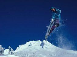 Kaip fiziškai pasiruošti slidinėjimo kelionei?