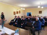 Savivaldybės vadovų veiklos ataskaitą išgirdo Žemaičių Naumiesčio ir Vainuto seniūnijų gyventojai