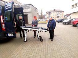 Pradėta teikti nauja paslauga – gulinčių ligonių transportavimas