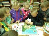 """Mažuosius skaitytojus sutiko """"Gidas po biblioteką"""""""