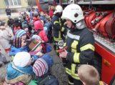 Juknaičių pagrindinėje mokykloje kilo gaisras (vyko pratybos)